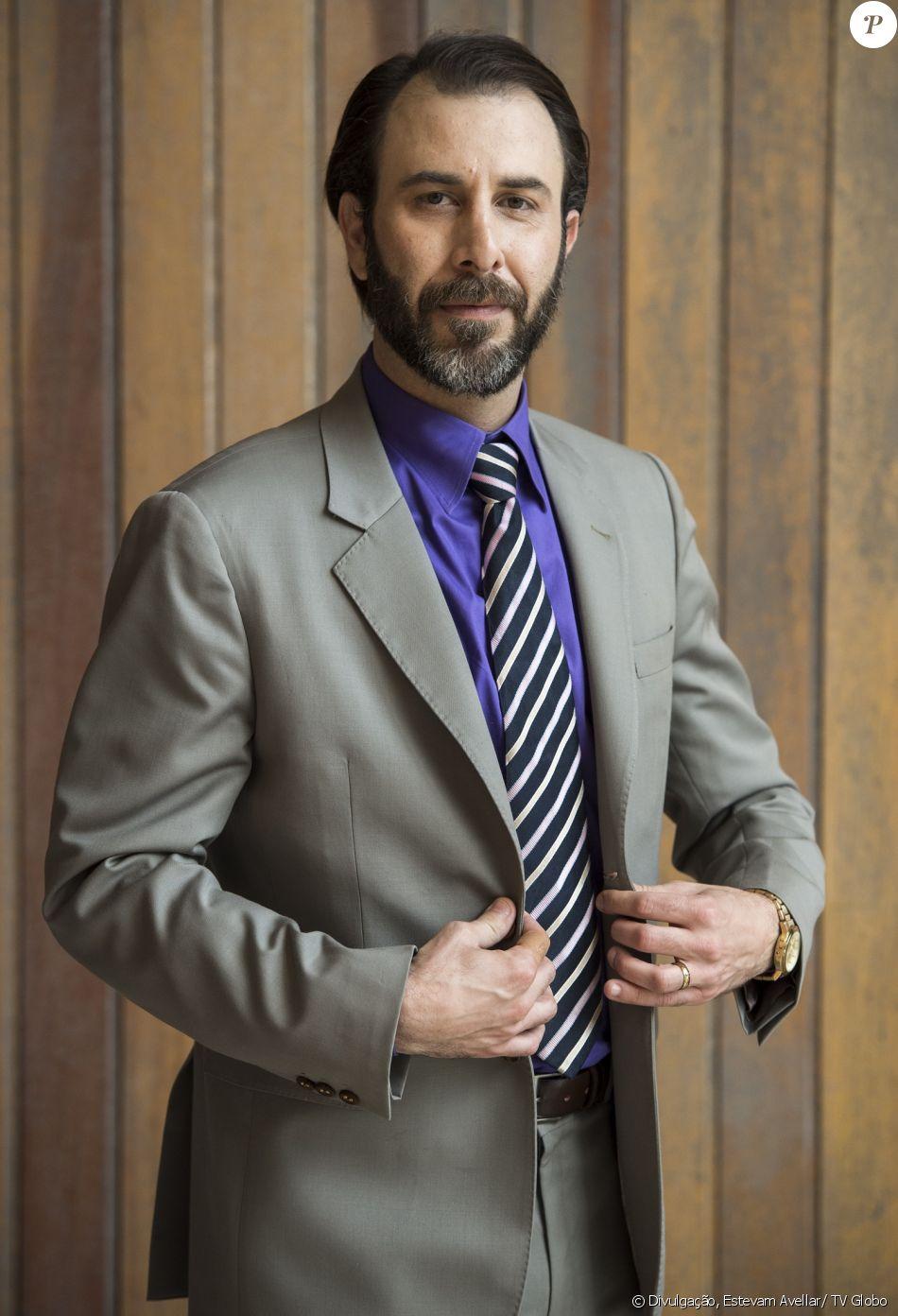 Hércules (Danilo Grangheia) se revela vilão na reta final da novela 'A Lei do Amor', em março de 2017