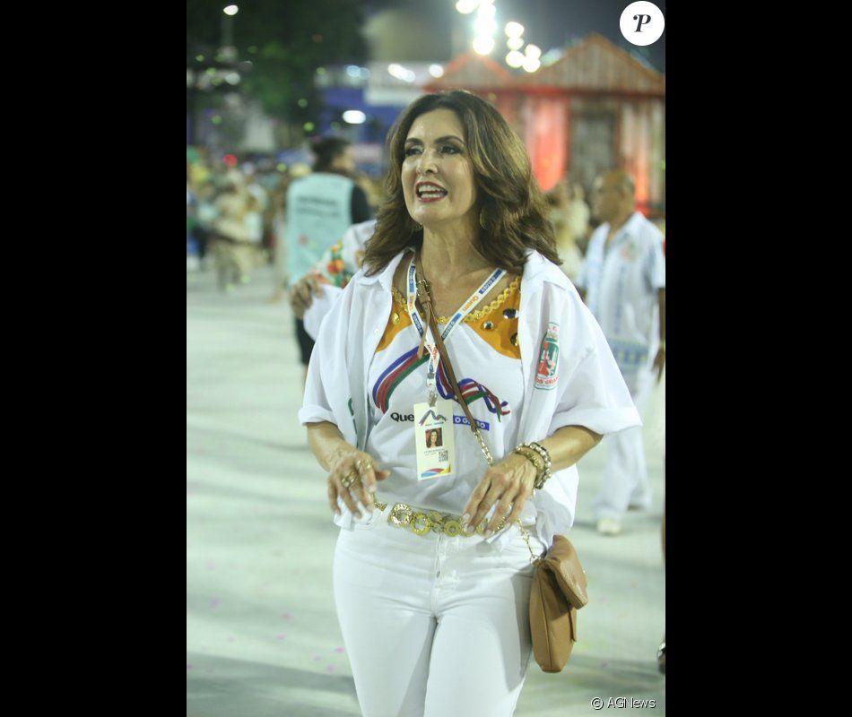 Fátima Bernardes desfilou pela Grande Rio, na madrugada deste domingo, 5 de março de 2017