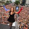 Daniela Mercury arrasta multidão e deixa ruas de São Paulo coloridas. Veja vídeo