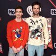 A dupla de DJs Andrew Taggart e Alex Pall, do 'The Chainsmokers' no tapete vermelho do iHeartRadio Music Awards, que aconteceu na Califórnia, Estados Unidos, na noite deste domingo, 5 de março de 20