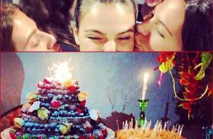 Isis Valverde ganha festa surpresa dos amigos em aniversário de 27 anos