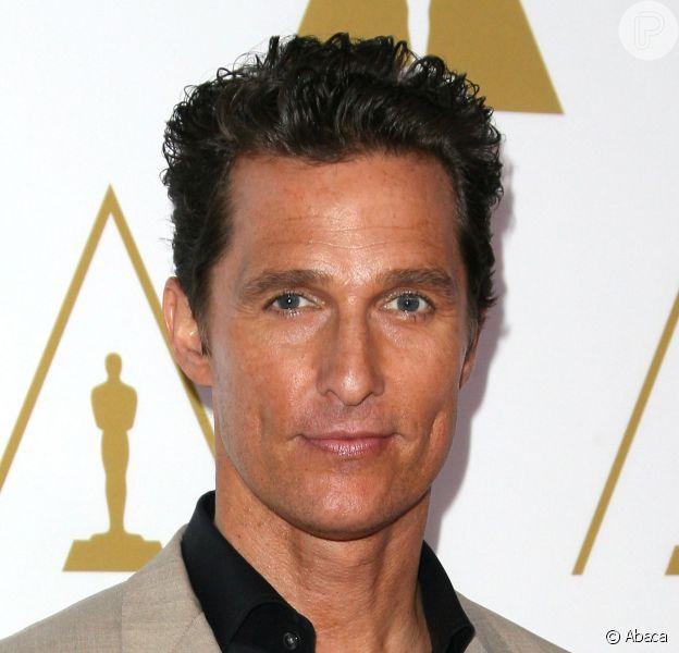 Matthew McConaughey disse que ficou mais inteligente com dieta. O ator lia e escrevia ao invés de ir a restaurantes