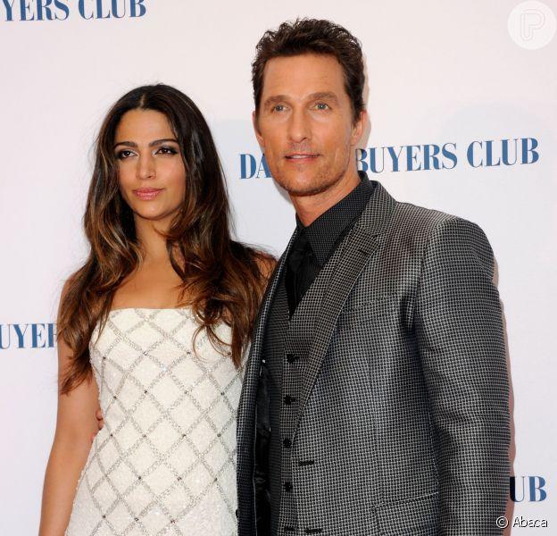 Matthew McConaughey se declara à mulher, a brasileira Camila Alves, durante programa de TV nos Estados Unidos ao dizer que se apaixonou à primeira vista