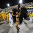 Mariana Rios se empolga no desfile da Mocidade Independente de Padre Miguel