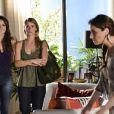 Helô (Giovanna Antonelli) não deixa as traficadas falarem e desconfia de que as duas estão se prostituindo voluntariamente, em 'Salve Jorge'