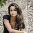 Morena (Nanda Costa) faz uma denúncia anônima e entrega Wanda (Totia Meirelles) para a polícia em 'Salve Jorge'