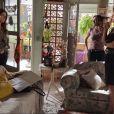 Wanda (Totia Meirelles) encontra Helô (Giovanna Antonelli) por acaso, na casa de de Lucimar (Dira Paes), em 'Salve Jorge'