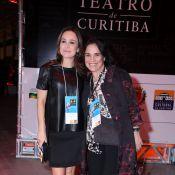 Regina Duarte vai a festival de teatro com a filha, Gabriela Duarte