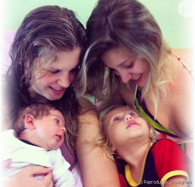 Carolinie Figueiredo mostrou o filho recém-nascido nas redes sociais: 'Quando uma foto consegue captar todo indizível... todo sentimento infinito de amor e as ligações de alma!', legendou