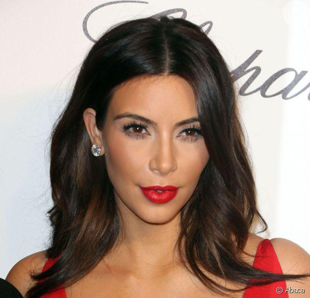 Kim Kardashian recebe convite para ser madrinha do concurso Miss Bumbum Brasil 2014, em 14 de abril de 2014