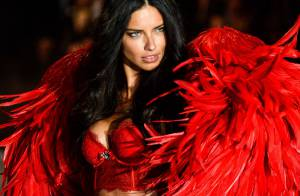 Adriana Lima convida Príncipe Harry para assistir desfile da Victoria's Secret