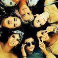 Selena Gomez curte o Coachella com amigas