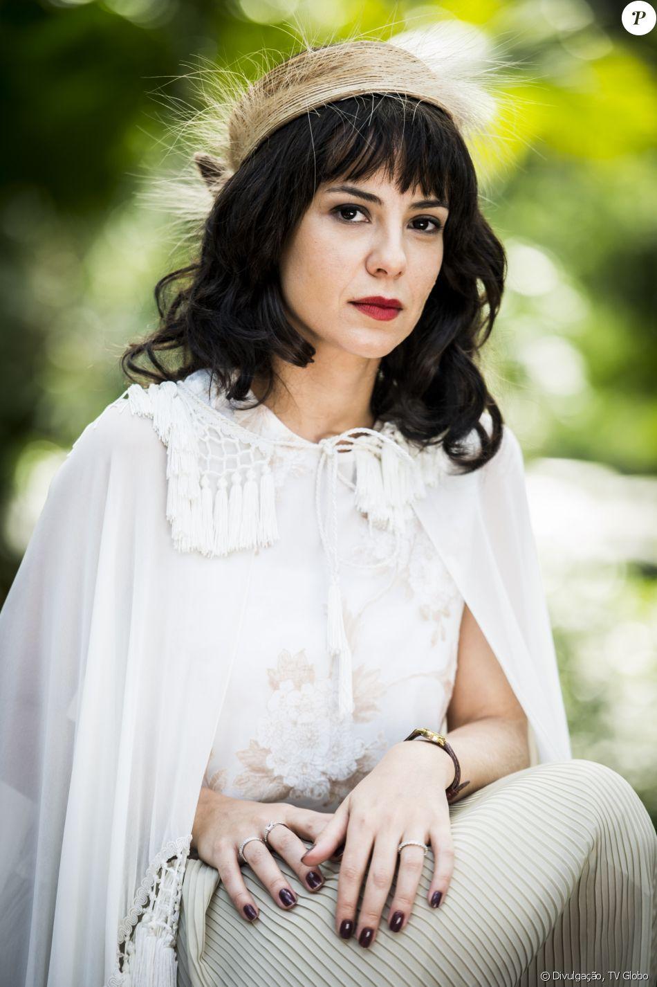 Andreia Horta será Lucinda, a vilã da nova novela das seis, 'Tempo de Amar', que fará de tudo para separar Vitória (Vitória Strada) e Inácio (Bruno Cabrerizo)