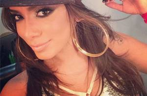 Anitta volta a malhar após plásticas e quer ganhar peso: 'Nada de emagrecer'