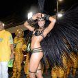 Mariana Rios desfilou como Rainha de Bateria da Mocidade neste Carnaval
