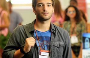 'Intimidade é útil', diz Humberto Carrão sobre atuar com Chandelly Braz em trama