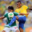 Luiz Gustavo vai defender a Seleção Brasileira na Copa do Mundo da Fifa do Brasil 2014