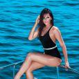 Bruna Marquezine posa de maiô para a capa da revista 'Boa Forma' do mês de maio