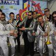 Tiago Abravanel brinda com a banda Big Time Orchestra