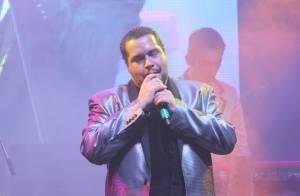 Tiago Abravanel faz show durante festival de música em Paraty, no Rio de Janeiro