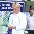 Xuxa Meneghel está fastada da TV para tratar da sua saúde e da sua mãe