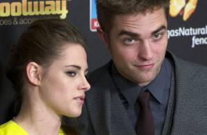 Kristen Stewart se sente esquecida por Robert Pattinson, que está na  Austrália 7be139a25d