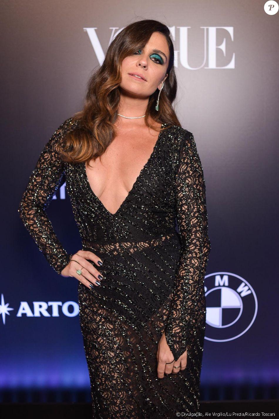 Giovanna Antonelli no Baile da Vogue, realizado no Hotel Unique, em São  Paulo, na noite desta quinta-feira, 1º de fevereiro de 2018 b9a3233e30