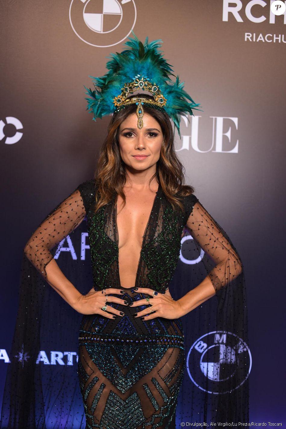 Paula Fernandes no Baile da Vogue, realizado no Hotel Unique, em São Paulo,  na noite desta quinta-feira, 1º de fevereiro de 2018 c0dd7115c5