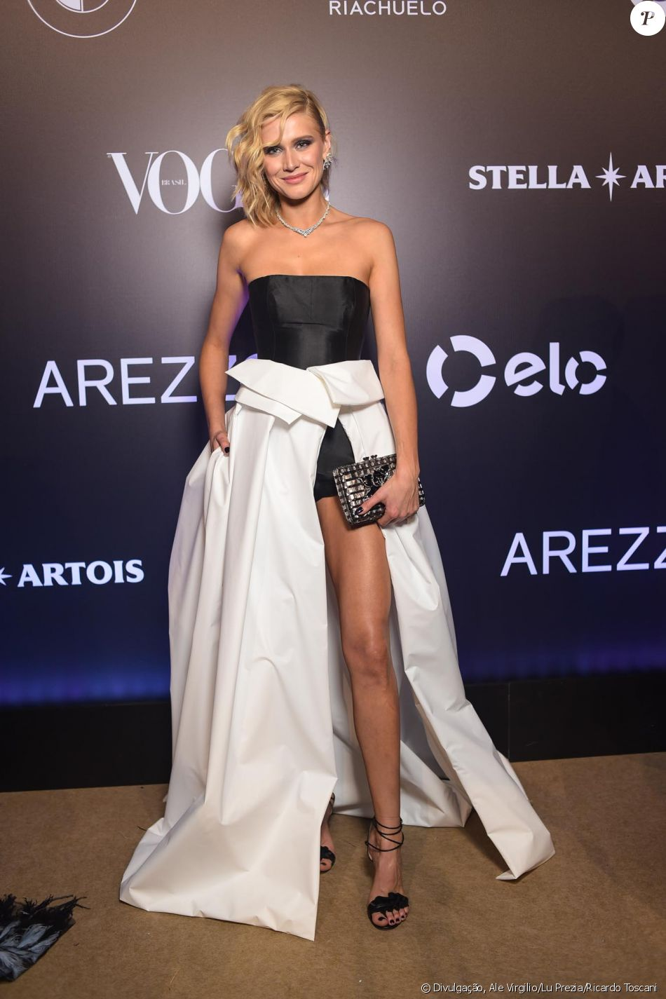 Celina Locks de Forum no Baile da Vogue, realizado no Hotel Unique, em São  Paulo, na noite desta quinta-feira, 1º de fevereiro de 2018 4a43a0c66d