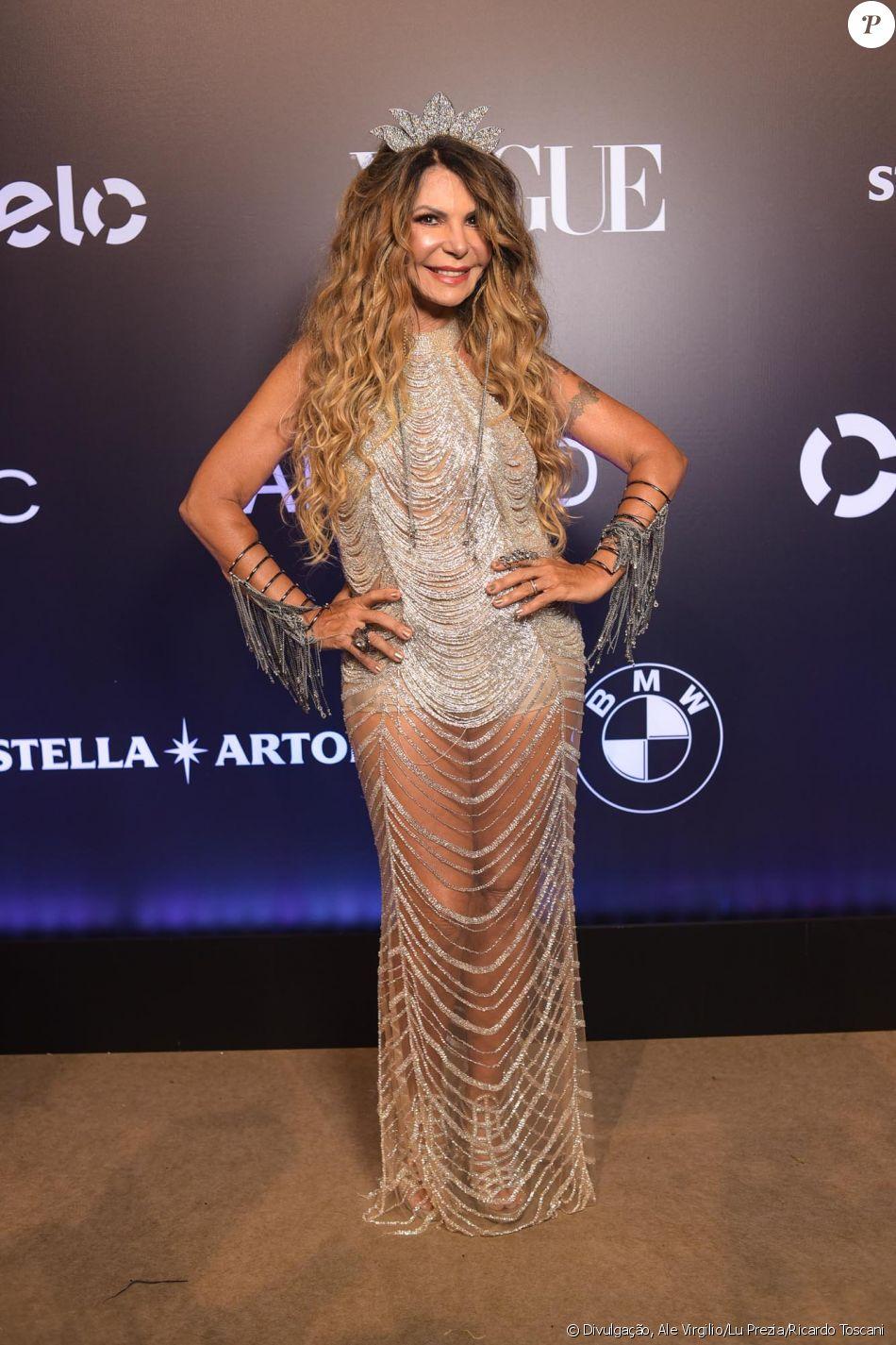 Elba Ramalho de Maracujá no Baile da Vogue, realizado no Hotel Unique, em  São Paulo, na noite desta quinta-feira, 1º de fevereiro de 2018 8e741aca9f