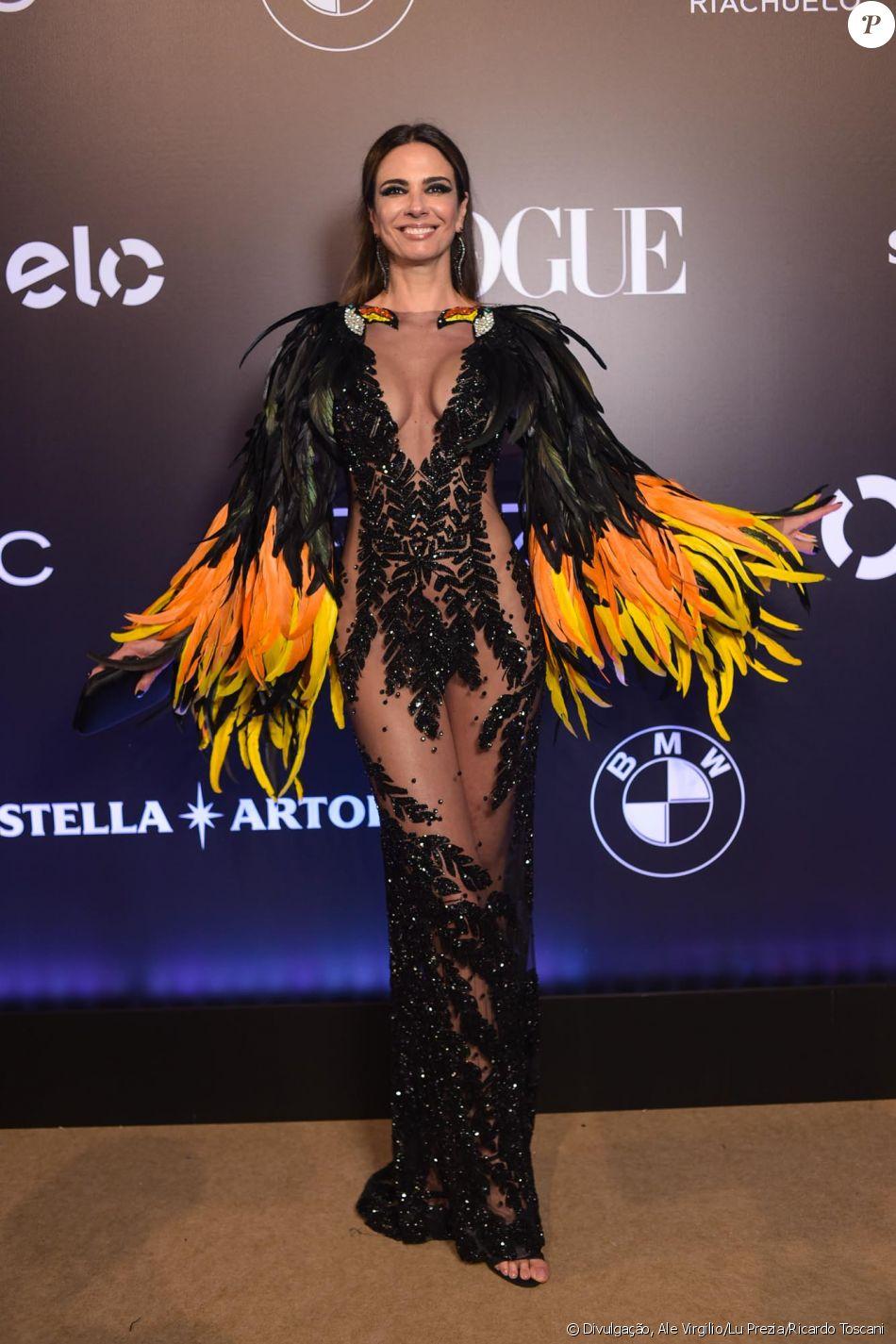 Luciana Gimenez de Isabella Narchi no Baile da Vogue, realizado no Hotel  Unique, em São Paulo, na noite desta quinta-feira, 1º de fevereiro de 2018 4d78aecdd0