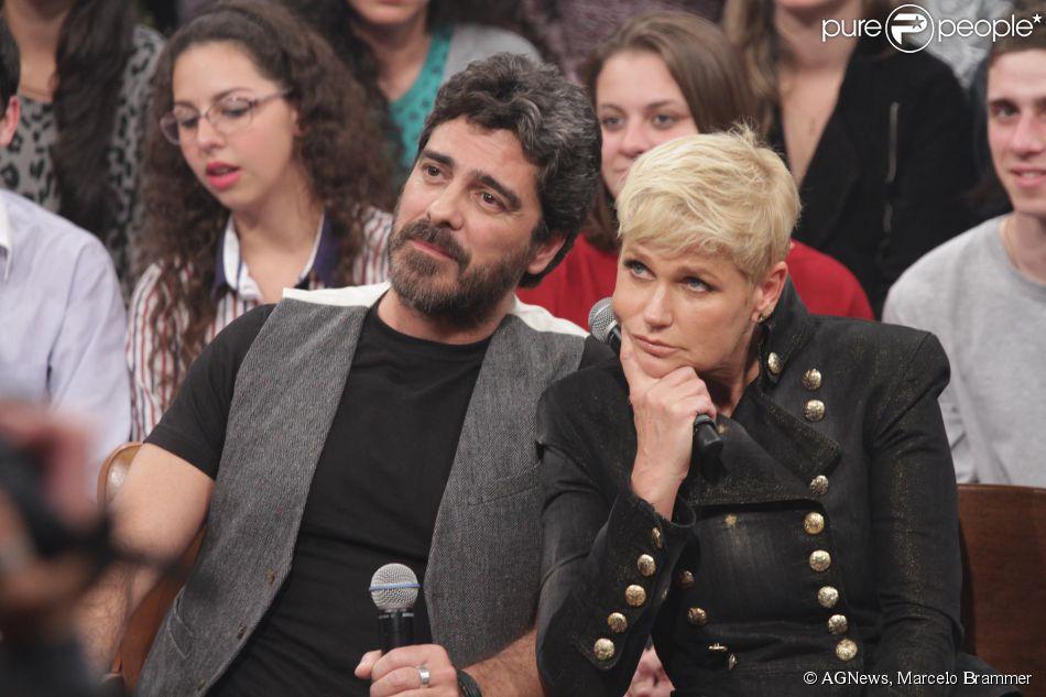 Xuxa participa do 'Altas Horas' ao lado do namorado, Junno Andrade, e afirma que não sabe quando volta à TV: 'Acho que nem em 2015', em 7 de junho de 2014
