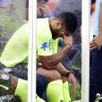 Hulk sentiu dores na coxa durante um treino da Seleção Brasileira, na Granja Comary