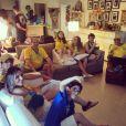 Também através das redes sociais, Tânia Mara tem mostrado a rotina da família nesta Copa do Mundo, para torcer pelo Brasil