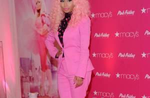 Nicki Minaj, toda rosa, lança o perfume 'Pink Friday' em Nova York