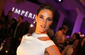 Adriana Birolli aposta no glamour para festa de 'Império': joia de R$ 500 mil