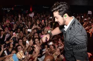 Luan Santana lota casa de shows em apresentação especial para fãs, em São Paulo