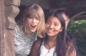 Taylor Swift dá R$ 200 de presente à fã durante passeio pelo Central Park, em NY