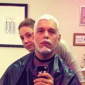 Namorado de Sabrina Sato, João Vicente de Castro descolore os cabelos: 'Belo'