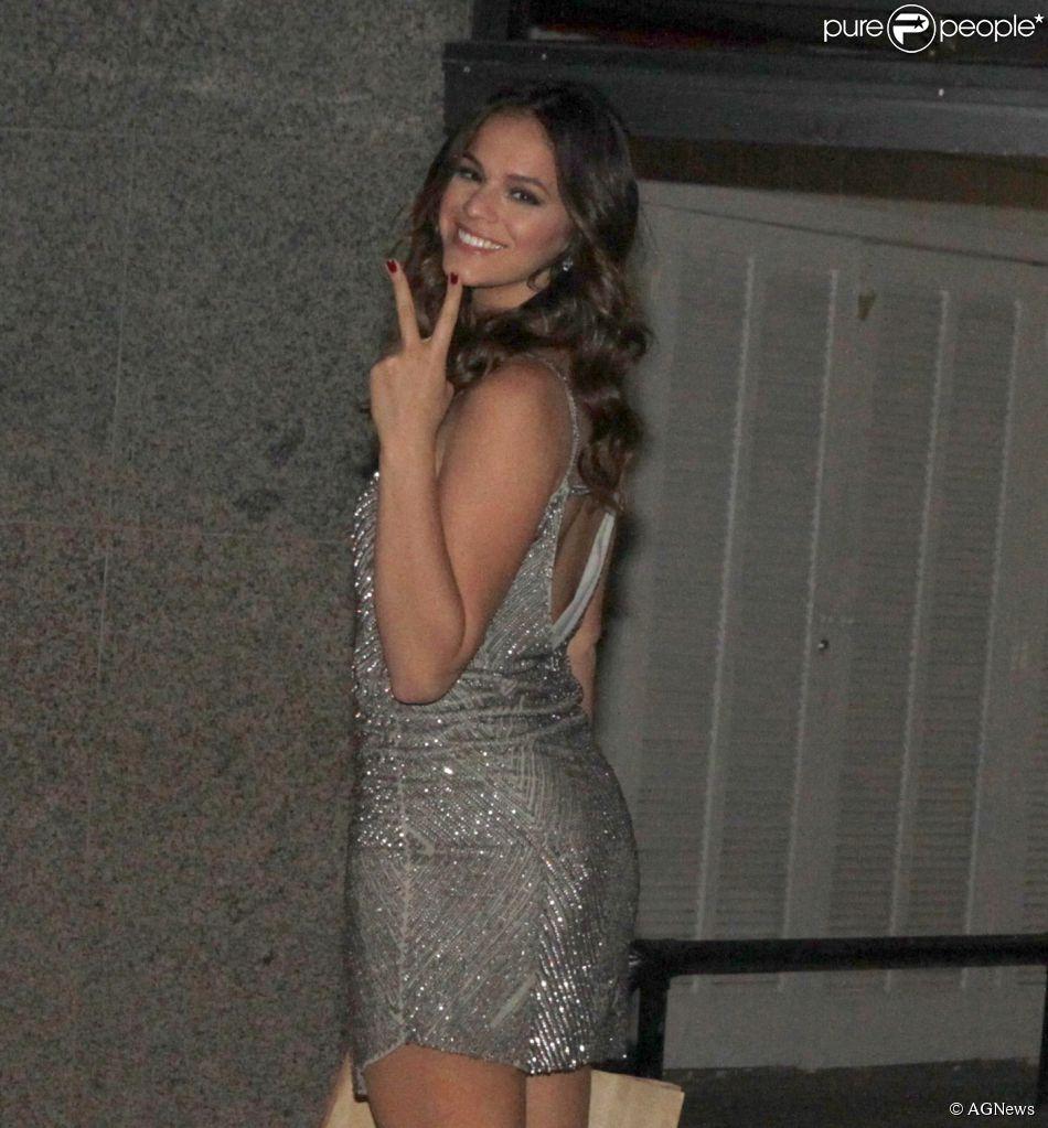 Bruna Marquezine se inscreveu para fazer curso de interpretação na filial da New York Film Academy, em Los Angeles
