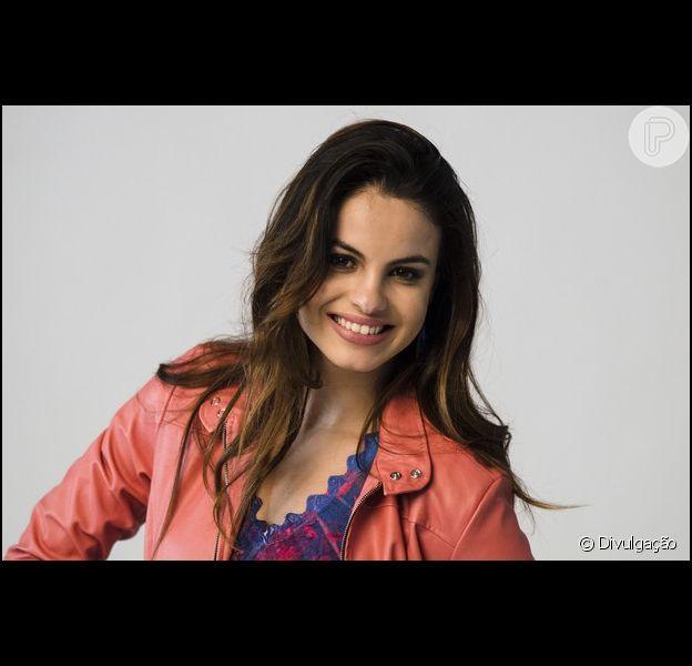 Sthefany Brito posa para campanha da marca 'Rosa Tatuada', em Porto Alegre