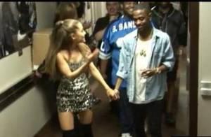 VMA 2014: Ariana Grande e Big Sean aparecem de mãos dadas nos bastidores