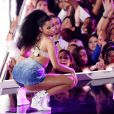 Nicki Minaj rebolou até o chão no Fashion Rocks