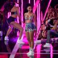 Nicki Minaj canta 'Anaconda' no Fashion Rocks em 9 de setembro de 2014