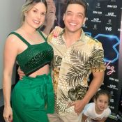 Wesley Safadão dança com a filha, Ysis, no palco do show no Carnatal. Vídeo!