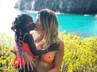 Giovanna Ewbank faz foto fofa com Títi e ganha elogio de Sasha: 'Lindas'