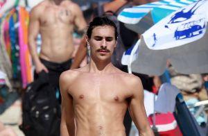 Bruno Montaleone critica repercussão de foto sem camisa na praia: 'Acho banal'