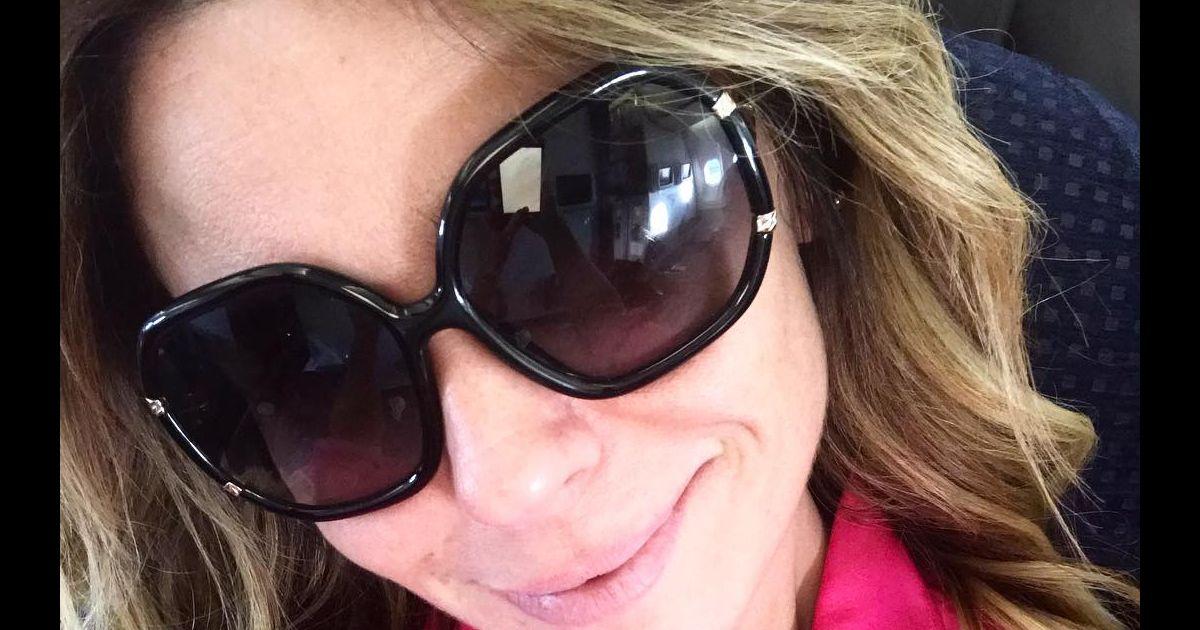 Óculos grandes são um dos acessórios mais usados por Giovanna Antonelli -  Purepeople 6c4411479b