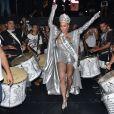 Sabrina Sato é coroada como rainha de bateria da Gaviões da Fiel em ensaio da escola de samba, realizado no Bom Retiro, em São Paulo, na noite desta sexta-feira, 18 de janeiro de 2018