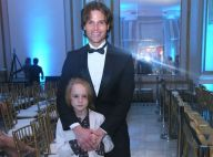 Parecidos? Jônatas Faro leva o filho, Guy, de 7 anos, à premiação no Rio. Fotos!